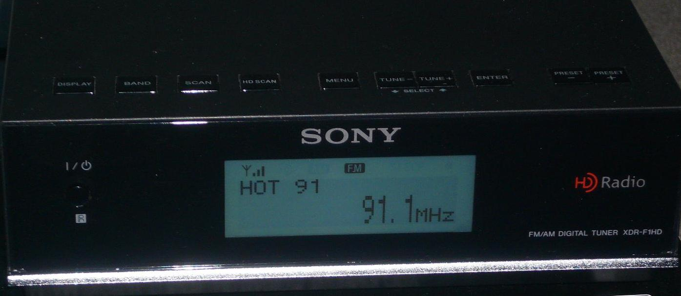 Sony XDR-F1HD tuner set to local station Hot 91